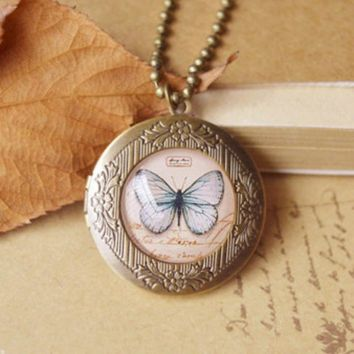 Flyleaf Handmade butterflies birds  Eiffel Tower long necklace retro bronze photo frame Necklaces & Pendants vintage jewelry