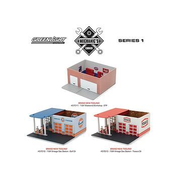 Mechanic\'s Corner Series 1, 3 pc Set 1:64 by Greenlight
