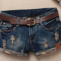 Beach Shorts Women Vintage Club Denim Shorts Sexy Hip Hop Skull Patch Plus Size Ripped Shorts Without Belt AS044