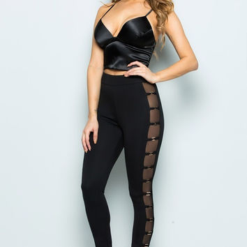 Window Leggings - Curvaceous