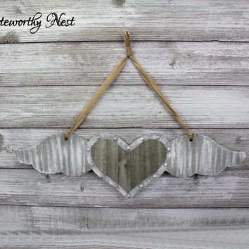 Hanging heart with wings mirror / Farmhouse / Hallway decor // Gallery Wall Decor // Rustic Romantic Decor // Bedroom Decor