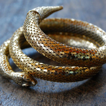 Vintage Snake Mesh Bracelet Double Coil Gold Tone Whiting Davis Style Disco Boho Belly Dancing Gypsy 1980's // Vintage Costume Jewelry