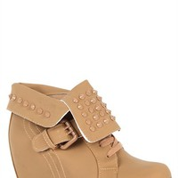 Sneaker Wedge with Buckle and Pointed Studs