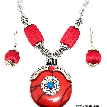 Antique silver finish Resin pendant with silk thread beaded Necklace and Earring set