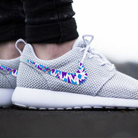 Womens Custom Nike Roshe Run sneakers, triangles, purple, pink, teal, blue trendy design, platinum white metallic nike roshe