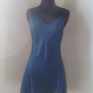 Vintage 1980's Victoria Secret  Nightgown size small Turqouise-blue 100% silk chemise/ nightie in size small.
