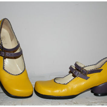 Vintage 90s JOHN FLUEVOG Mary Jane Shoes / Abstract Yellow and Purple Heart Shaped Heel / Angled Square Toe / Rare OOAK / Size 9, 40