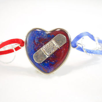 CHD Awareness Bracelet, Congenital Heart Defect Jewelry, Heart Surgery Gift, Heart Warrior Gift, Red and Blue Mended Heart, Hospital Gift
