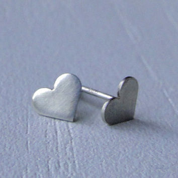 Sterling Silver Heart Stud Earrings  READY TO by GioielliJewelry