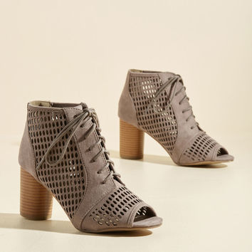 Eclectic Perspective Heel in Taupe | Mod Retro Vintage Heels | ModCloth.com