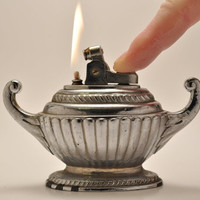 Working Genie Lamp Table Lighter Made in Occupied Japan