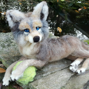 Needle Felted Young Wolf, Poseable Soft Sculpture of Timber Wolf - gift for nature lover - Wolf Statue
