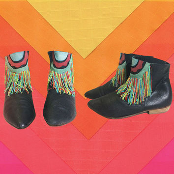 Vintage 1980's GYPSY Rainbow Fringe Suede And Leather Ankle Festival Bohemian Hippie Boots Booties || Size 8 to 8.5