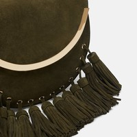 CROSSBODY BAG WITH METALLIC AND FRINGE TRIM