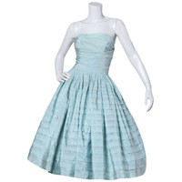 Vintage 1950s 50s Mint Green Strapless Party Dress with a Full Sweep
