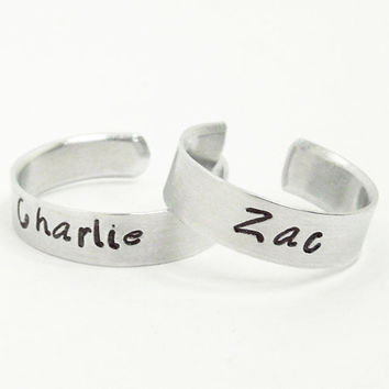 Customized couple rings - Personalized name rings - Boyfriend rings girlfriend rings - Silver tone rings - Adjustable relationship rings