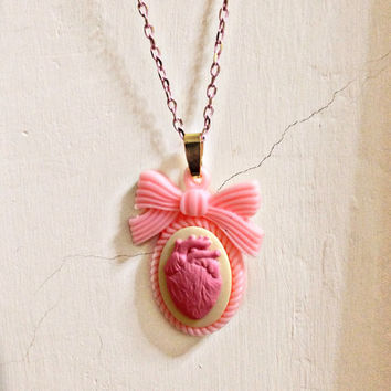 Day of The Dead - Geeky & Cool Pink Anatomical Heart Organ Cameo Charm Kitsch Valentine's Unique Gift Statement Of LOVE Necklace
