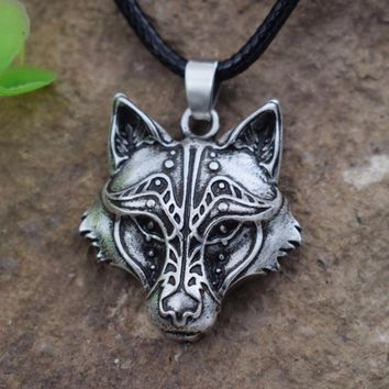 SanLan men's Celtics Wolf Heart Couples Necklaces Animal pendant Totem Best Friends Or Couples Jewelry
