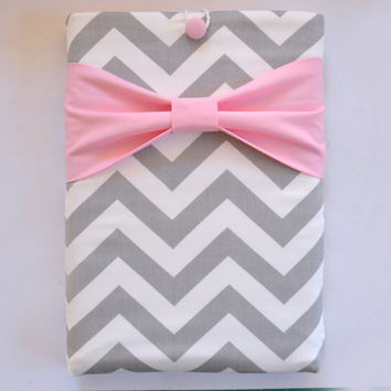 "Macbook Pro 15 Sleeve MAC Macbook 15"" inch Laptop Computer Case Cover Grey & White Chevron with Light Pink Bow"