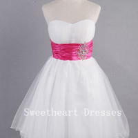 Sweetheart Sleeveless Short/Mini White Prom Dress/Homecoming Dress from Cute Dress