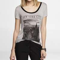 SCOOP NECK GRAPHIC TEE - NYC SKYLINE