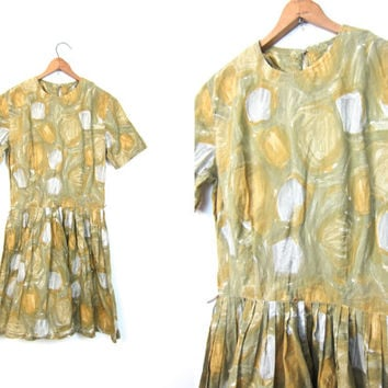 Printed 50s Day Dress Abstract Paint Strokes Yellow Ochre Gray Mini Shirt Dress Cotton Pleated Full Skirt Dress Vintage 1950s Small XS