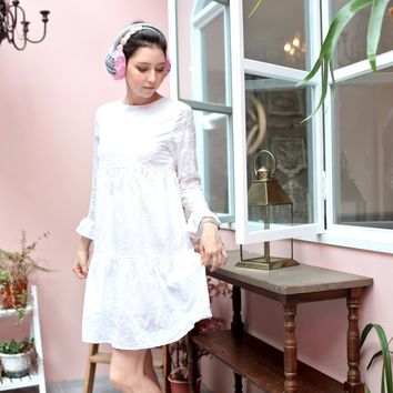 Snow embroidered dress