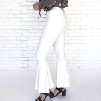Daring Flare Bell Bottom Pants In Ivory