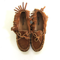 Vintage brown suede leather Minnie Tonka slip on moccasins. women's shoes size 6