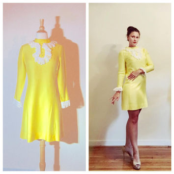 1960s Jo Jr Dress Yellow Twiggy Dress Short Mod Mad Men High Collar with Lace Bib and Wrists size Small