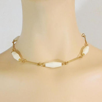 """White and Gold Choker, Beaded Chain Necklace, 16 1/2"""", Vintage Costume Jewelry, Plastic Beads, Lightweight"""