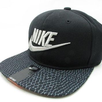 Ds Nike Atmos Adjustable Snake Skin Black Baseball Cap Hat Air Max Animal