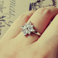 YAN & LEI Alloy Icy Flower CZ Ring in US 5