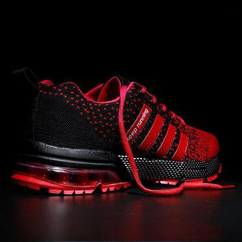 2018 New Breathable Men and Women Sneakers Unisex Outdoor Sports Running Shoes Gym Hard-Wearing Basket Femme Plus Size 11 12