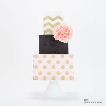 White Square Wedding Cake Stand