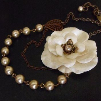 Vintage Ivory Rose Necklace by pinkingedgedesigns on Etsy