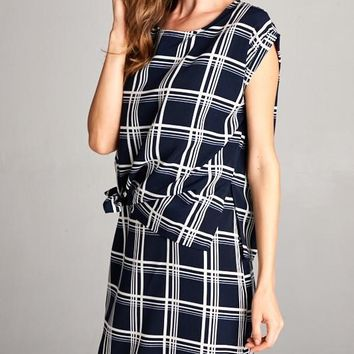 Loose Fit Short Cuffed Sleeve Knot Tie Dress