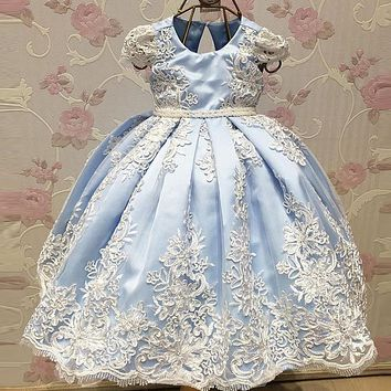 2017 Lovely Light Blue Flower Girl Dress Lace Appliques Baby Pageant Gowns Big Bow First Communion Dress Girl Kids Evening Gowns