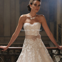 New Arrival 2015 Sweetheart Applique A Line Floor Length Champagne Wedding Dresses Bow Sash Bridal Gowns Women