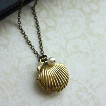 Shell Locket Necklace.A Mermaids Locket. Brass Shell locket, white Freshwater Pearl Necklace. Vintage inspired Necklace. Ocean Shell Jewelry