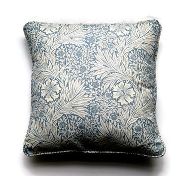 "William Morris ""Marigold"", Arts and Crafts, duck egg blue and cream 80s vintage linen union cushion, throw pillow, home decor 17 x 17 ins."