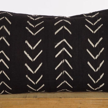 12x20 Inch Black and White African Mud Cloth Pillow Cover