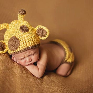 Baby Giraffe Crocheted Diaper Cover and Hat set