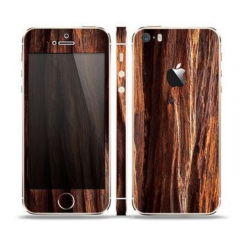 The Aged RedWood Texture Skin Set for the Apple iPhone 5s