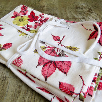 1960's Retro Mid Century Curtains Red Leaves with Yellow Flowers on a White background