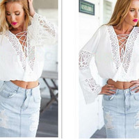 HOT LACE CROSS TOP
