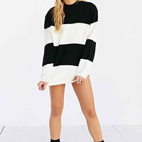 UNIF High-Neck Boyfriend Sweater- Black & White