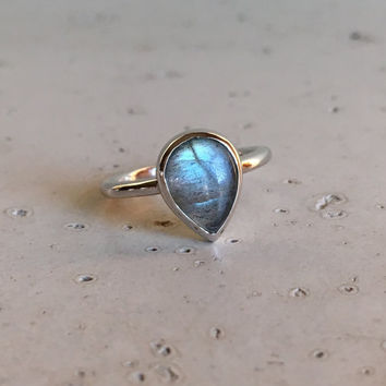 Small Labradorite Ring- Promise Ring- Unique Ring- Ring for Her- Gemstone Ring- Rose Gold Ring- Statement Ring- Stackable Ring- Boho Ring