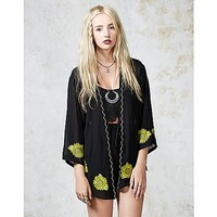 Hearts and Bows Sunflower Detail Kimono