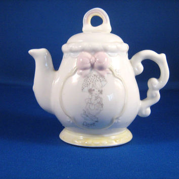 Precious Moments Miniature Porcelain April Tea Pot vintage 1993
